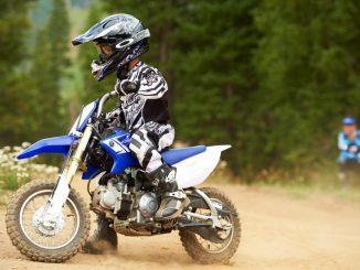 casco motocross per bambini_800x533
